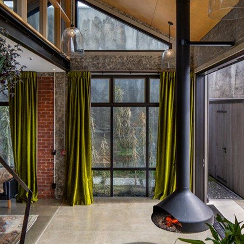 Carbonic Ice Apartment
